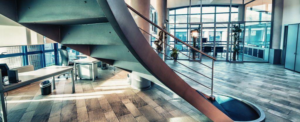 Escaleras interiores modernas