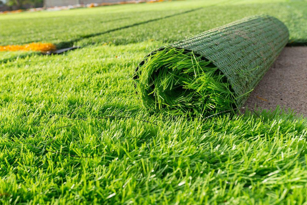 Ventajas de poner ceesped artificial en tu jardiin