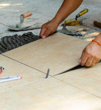 formas de colocar suelo porcelanico